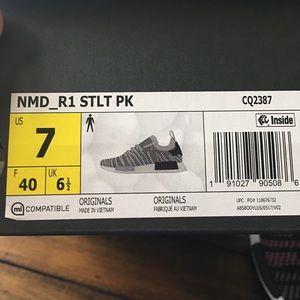official photos e58ab 4e753 adidas Shoes - Adidas NMD R1 STLT PK Mens size 7 BNWT! 💜